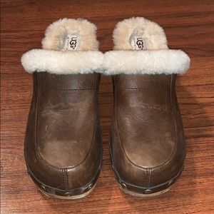 UGG Shoes - Ugg Clogs